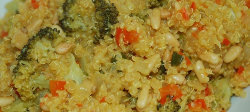 Quinoa with Turmeric, Peppers, Onions andBroccoli