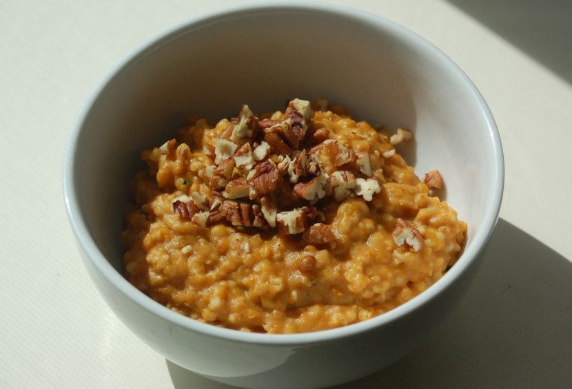 Pumpkin Oatmeal in a Slow Cooker